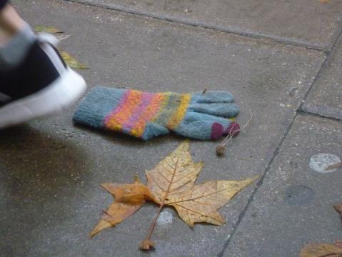 Glove 227